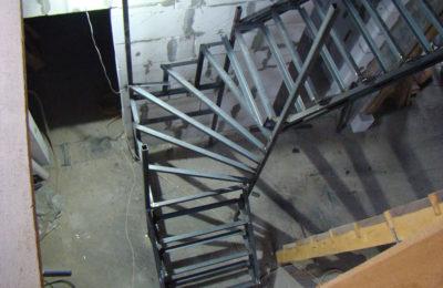лестница в лобне