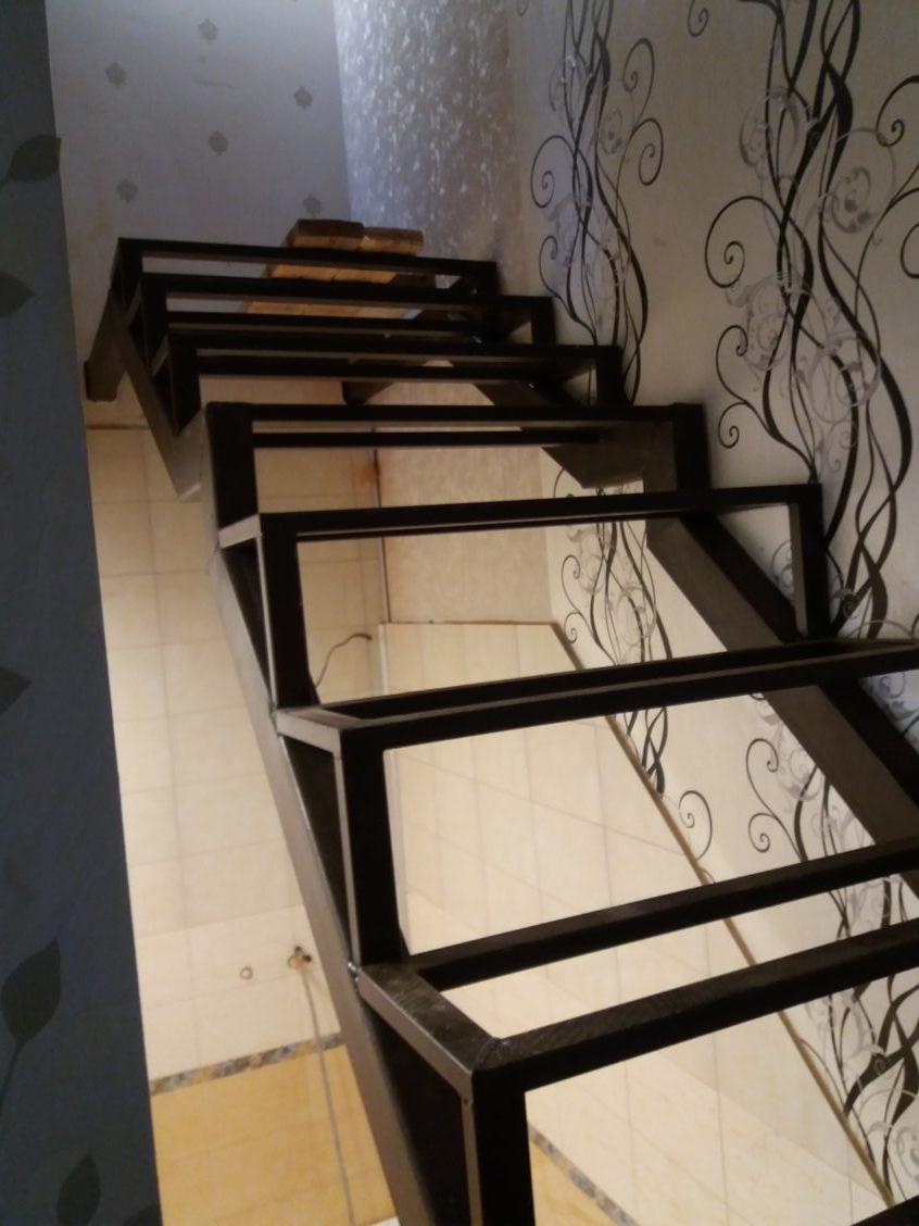 Лестница на металлокаркасе химки